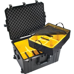 Pelican 1637 AIR W /  DIVIDERS BLACK